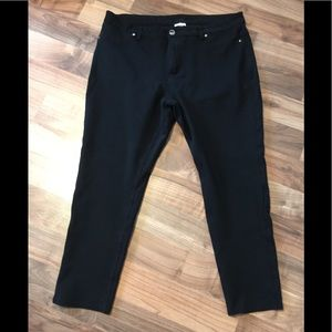 EUC Avenue Ponte Pants - Size 22 Average